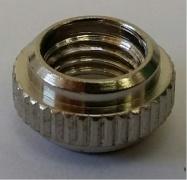 ráfková matice na galuskový ventilek pro díru AV